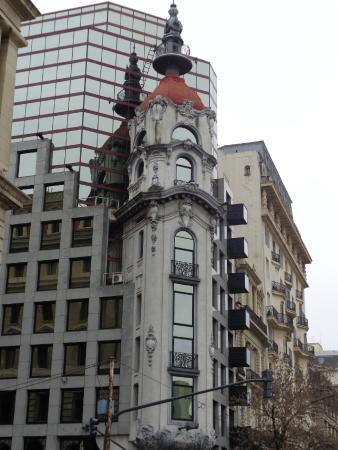 Torre Massue: Frente de la Torre