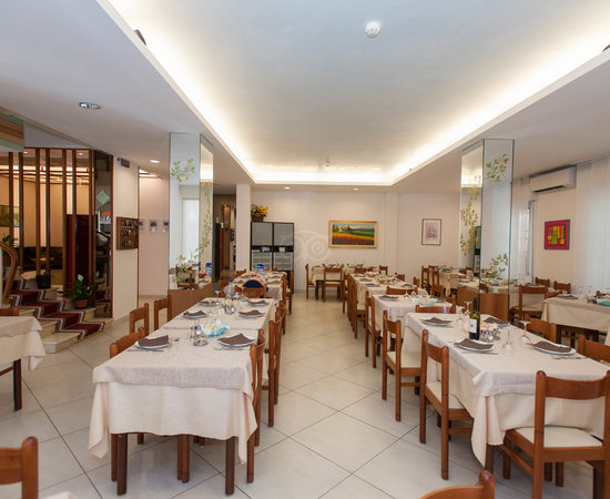 Hotel gioiella rimini miramare reviews photos price - Bagno 144 miramare ...