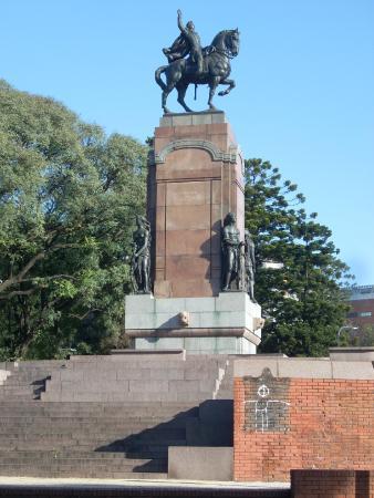 Monumento al General Carlos Maria de Alvear