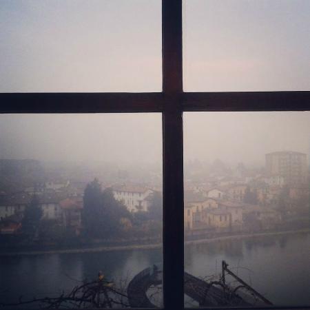 Vista dalla finestra foto di b b la finestra sul fiume - B b le finestre sul centro jesi an ...