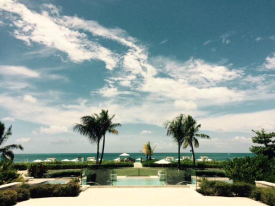 Grace Bay Club: Estate pool