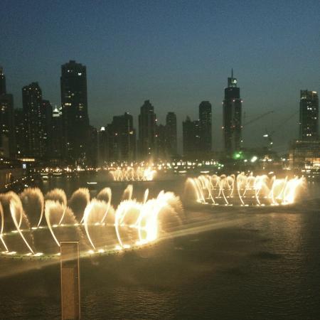 Fontenene i Dubai: Dubai Fountains