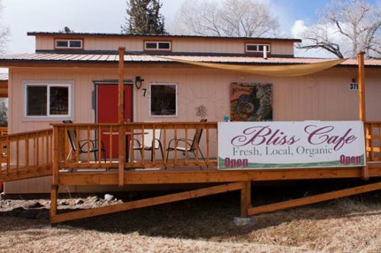 Crestone, CO: Bliss Cafe - parkside