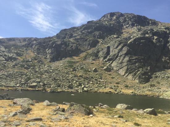 Penalara Natural Park: Laguna de peñalara en verano