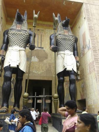 Universal Studios Singapore: the mummy