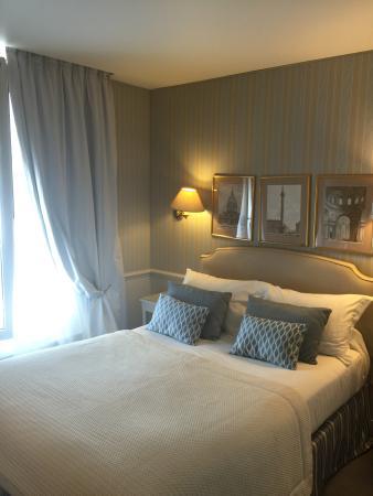 Hotel du Champ de Mars: Our room