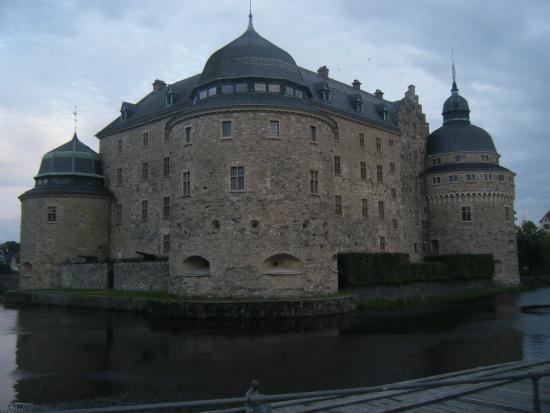 Hotel Hjalmar: nearby castle