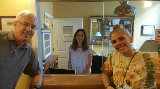 San Anselmo Inn: This young lady from Italy working there was very kind and attentive