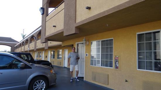 Sunburst Spa & Suites Motel: vista parcial