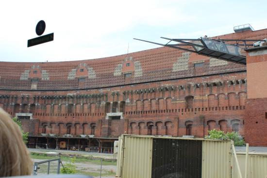 Dokumentationszentrum Reichsparteitagsgelaende: Congress Hall exterior