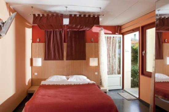 Hotel Le Jules Verne : chambre supérieure style romantique
