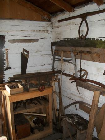 Rockland, มิชิแกน: A typical collection of tools 100 years ago