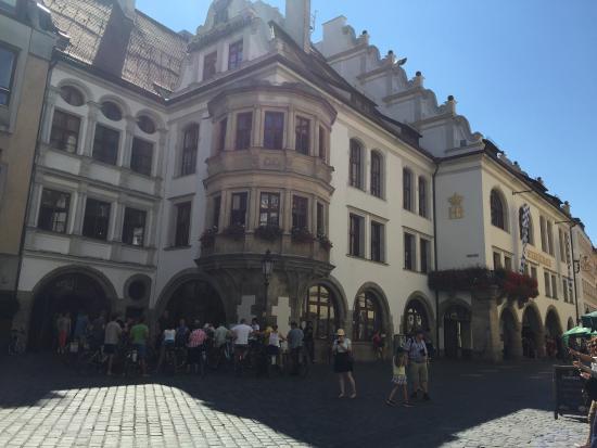Hofbraeuhaus: photo0.jpg