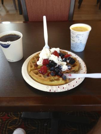 Hampton Inn & Suites Tampa/Ybor City/Downtown: Free Hotel Breakfast