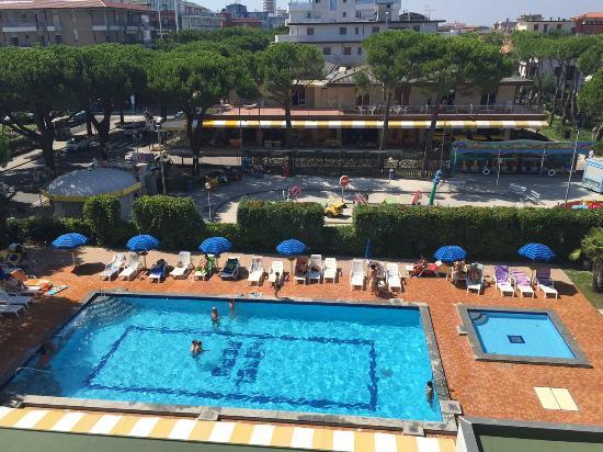 Park Hotel Peru: piscina