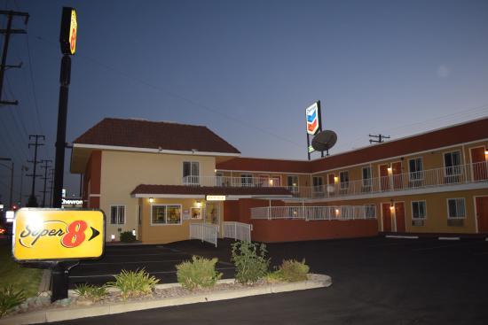 Photo of Super 8 Motel - Azusa Ontario