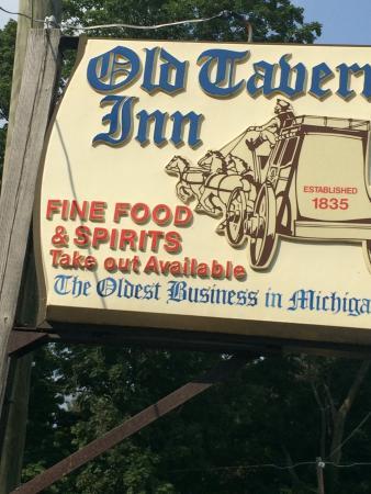 Old Tavern Inn