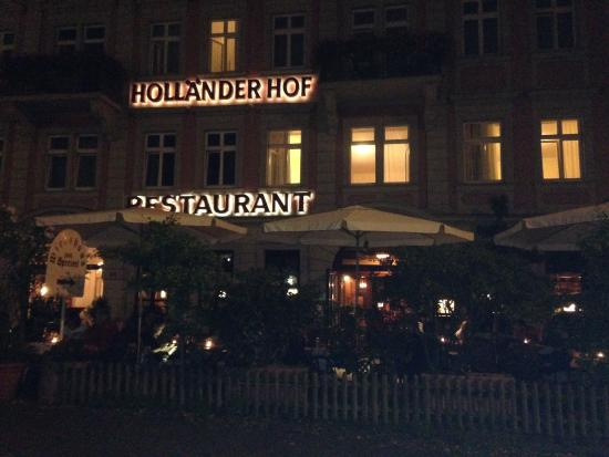 Hotel Hollaender Hof: Hotel at night