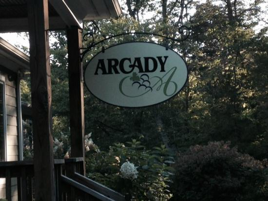 Arcady Vineyard Bed & Breakfast: B&B sign