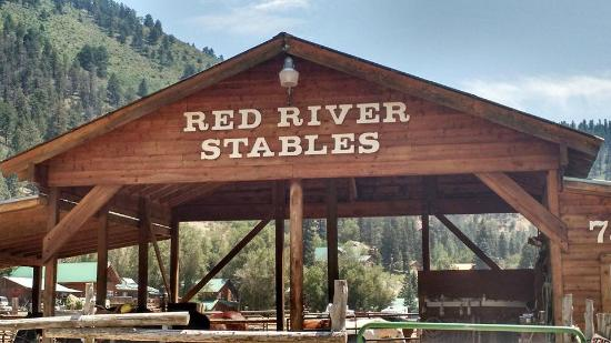‪Red River Stables‬