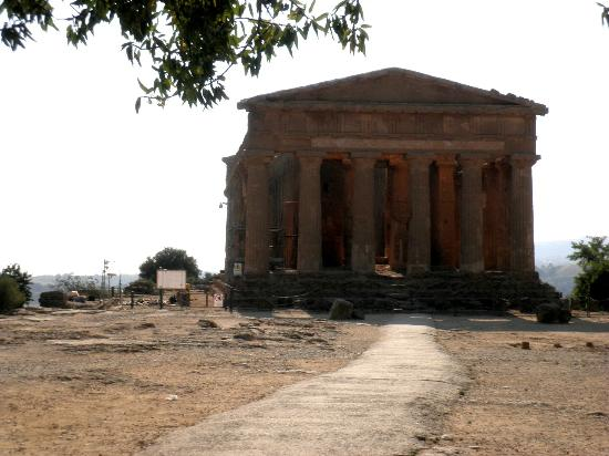Valley of the Temples (Valle dei Templi): Agrigento Valle dei Templi
