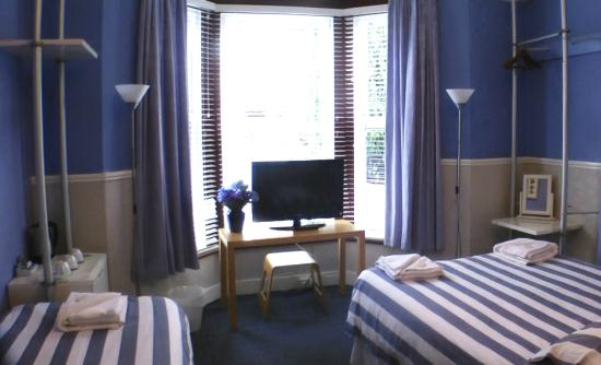 Claremont Guest House: My bedroom