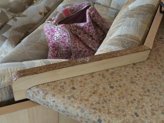 Coopers Beach Holiday Park - Park Resorts: Edging missing to worktop edge
