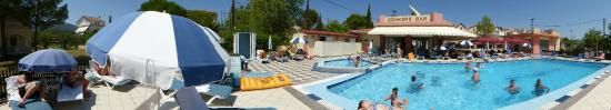 White House Studios: The pool area