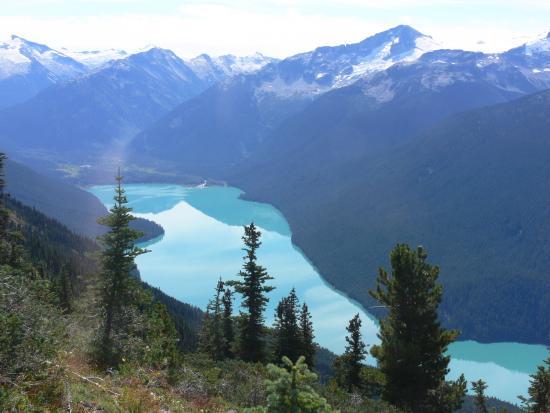 Whistler Blackcomb: Cheakamus Lake