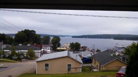 Lakeview House & Cottages : the view