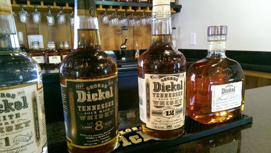 George Dickel Distillery: Nice selection of tastes