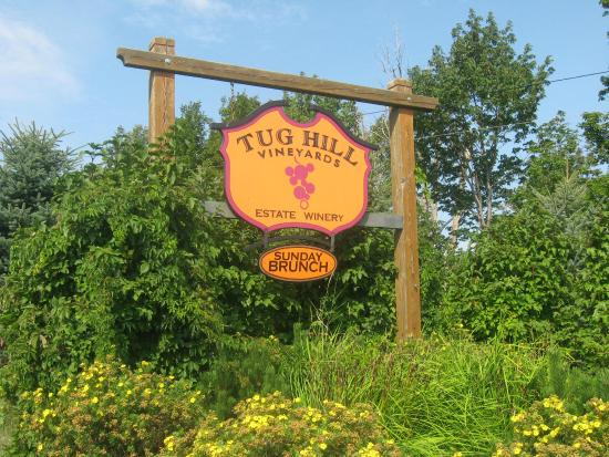 Tug Hill Vineyards: entrance sign
