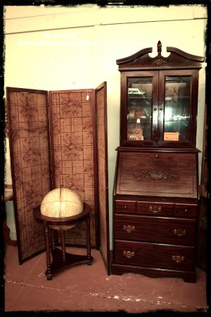 Antique & vintage furniture. www.paramountantiquemall.com