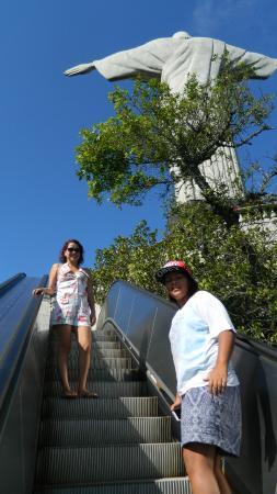 Kristusstatuen i Rio de Janeiro: Escadas rolantes