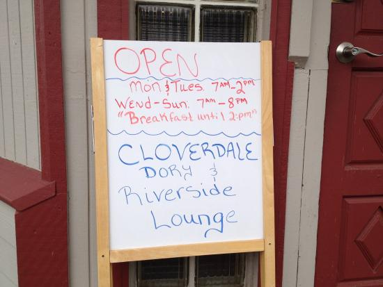 Cloverdale, OR: Dory Restaurant - hours of operation 9/1/15
