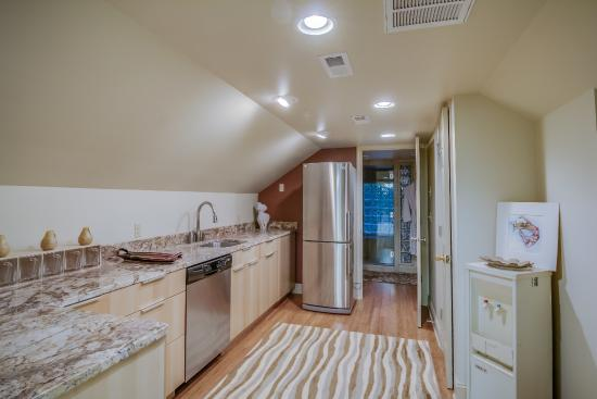 Columbus, Karolina Północna: Third Floor space