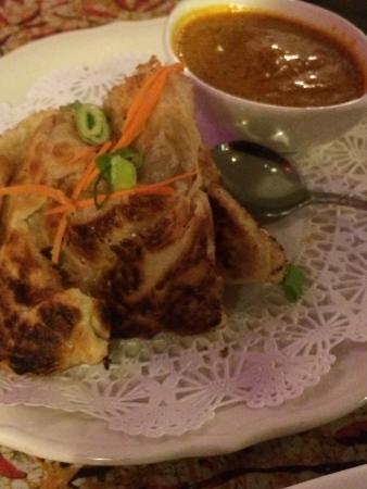 Flavours Restaurant: photo0.jpg