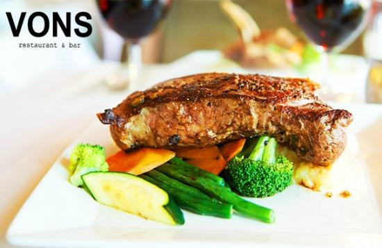 Vons Restaurant & Bar: black angus poterhouse steak