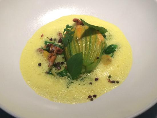 Zucchini flowers stuffed with salmon mousse picture of for Ze kitchen galerie paris france