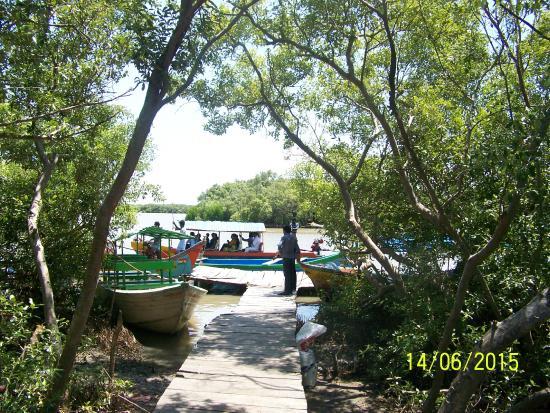 Thiruvarur, Indien: Island boat-landing....
