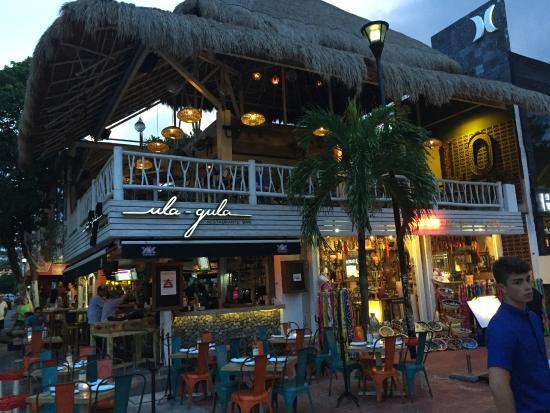 Quinta Avenida: Restaurant