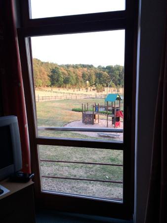 Velichovky, República Tcheca: vypadávající dveře přímo na Vás - bohužel tmavé foto