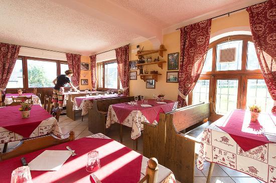 La sala foto di osteria saint barthelemy nus tripadvisor for Agriturismo maison rosset