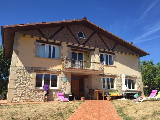 Casa rural quopiki guesthouse reviews gopegi spain - Casa rural quopiki ...
