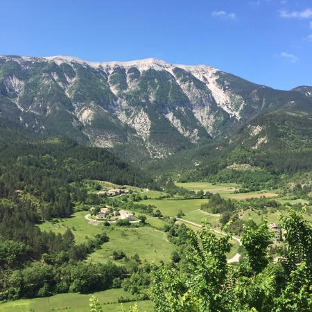 Brantes, France : Vue de la Poterne