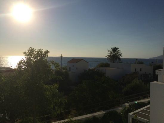 Perigiali Hotel - Studios: Early morning from the balcony