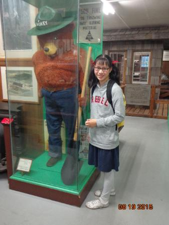 Tillamook County Pioneer Museum: Me with Smokey the Bear. The first moment I saw him he scared the daylights out of me.