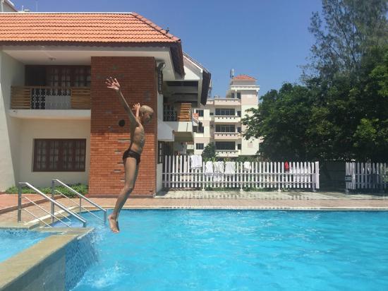 The pool picture of seagate hotel velankanni tripadvisor for Hotels in velankanni with swimming pool