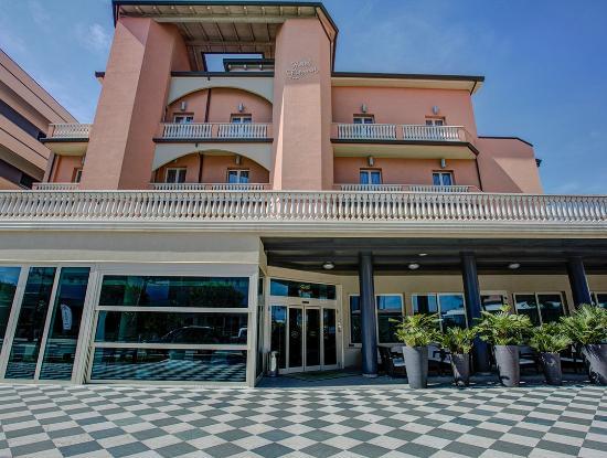 Photo of Hotel Fiamma Cesenatico