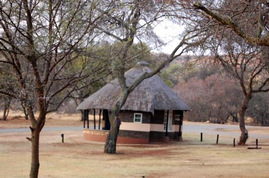 Krugersdorp, South Africa: A 2-bed chalet tucked into a valley